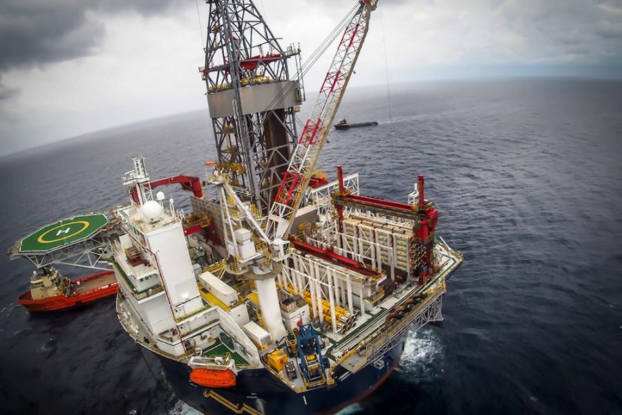 Рост госдолга США толкает нефтяные котировки вверх
