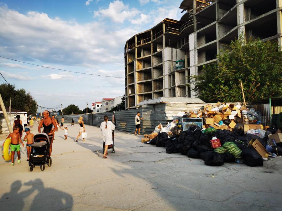 ForPost - Новости : СевСети #1290. Негостеприимный Севастополь, аргументы таксистов и самокаты на мусорке