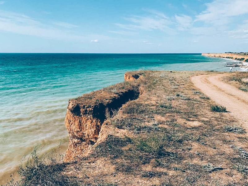ForPost - Новости : Под Севастополем пришлось уничтожить 20 метров береговой линии