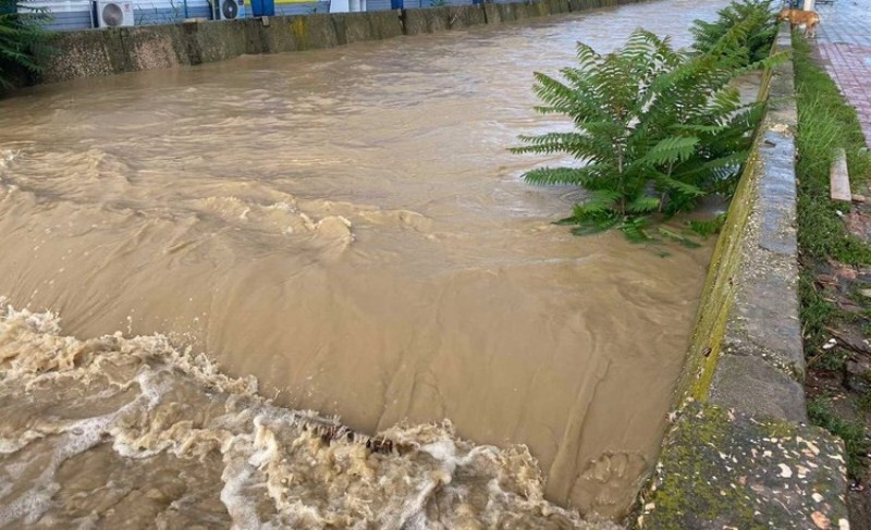ForPost - Новости : В Керчи продолжает прибывать вода