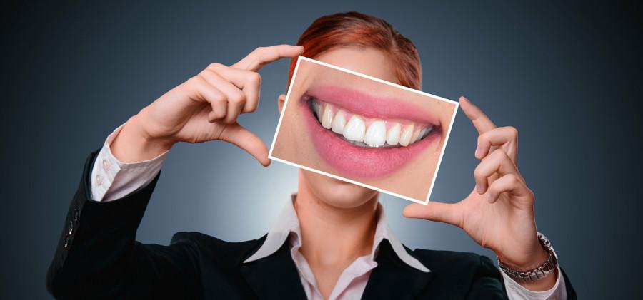 ForPost - Новости : Названы еда и напитки, особенно опасные для зубов