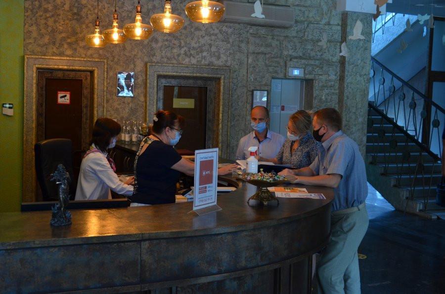 ForPost - Новости : В Севастополе ответственные и законопослушные владельцы гостиниц