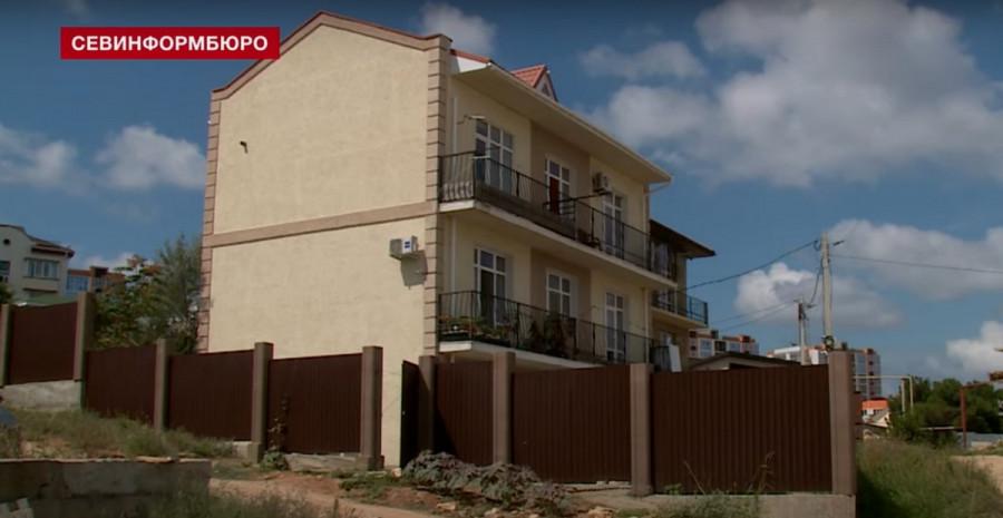 ForPost - Новости : Севастопольца выгоняют из купленного им жилья