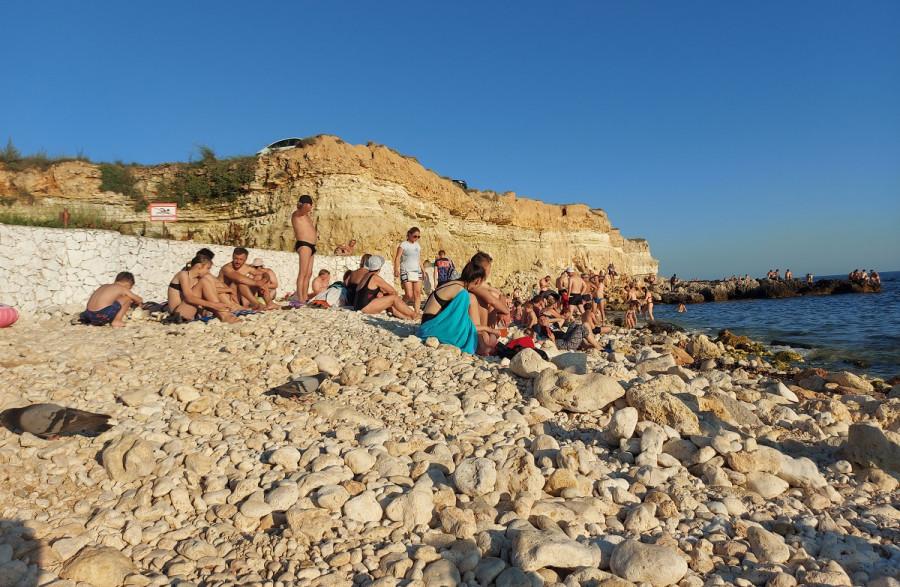 ForPost - Новости : Как часто севастопольцы ходили на море в этом году