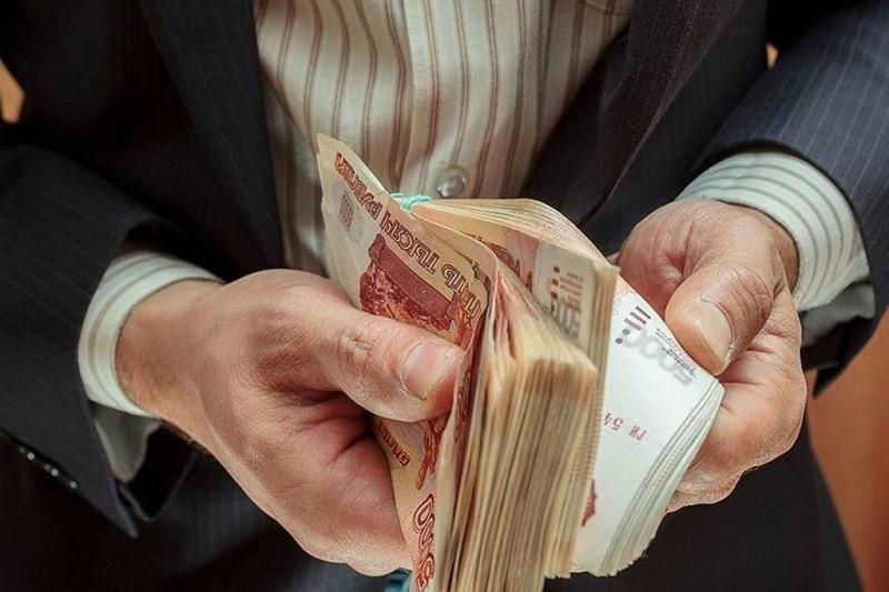 ForPost - Новости : В России растёт число работников со стотысячной зарплатой