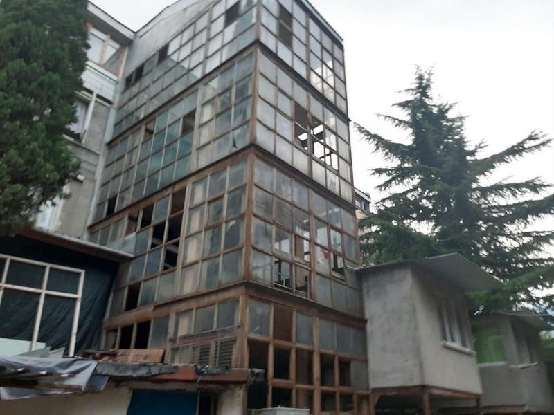 ForPost - Новости : Сто крымских семей 40 лет «временно» живут в бывшей гостинице