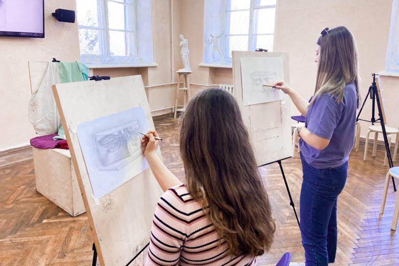 ForPost - Новости : «Рисунок с элементами черчения». Подготовительные курсы к вступительному творческому экзамену в СевГУ