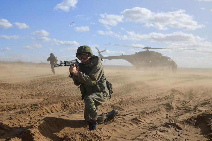 ForPost - Новости : «В Лондоне знают, что Россия — это не Афганистан?»: мнения об учениях «Запад-2021»