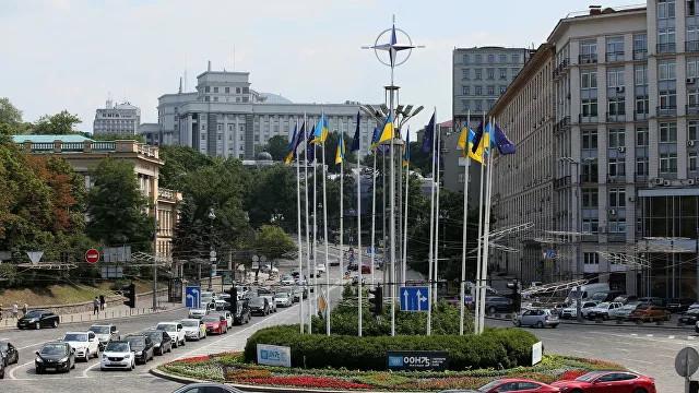 ForPost - Новости : Украина не станет членом НАТО в ближайшие десять лет, заявил экс-посол США
