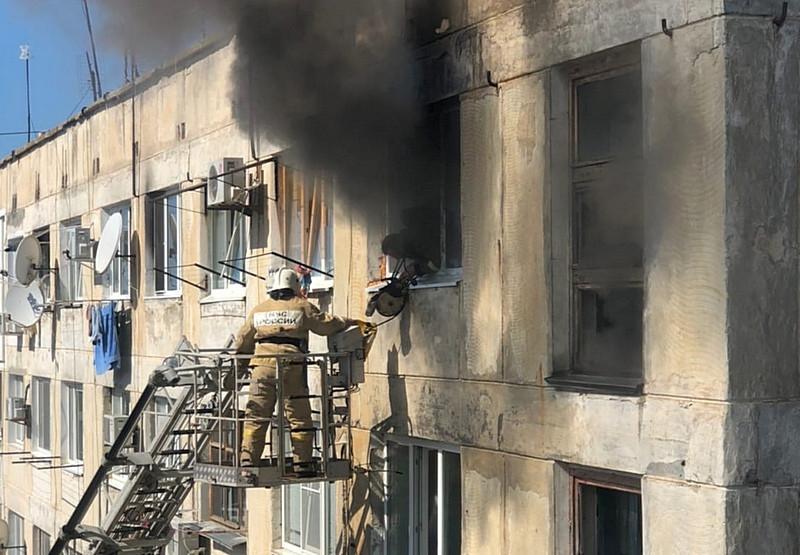 ForPost - Новости : Жительница крымского курорта погибла в огне на глазах у соседей