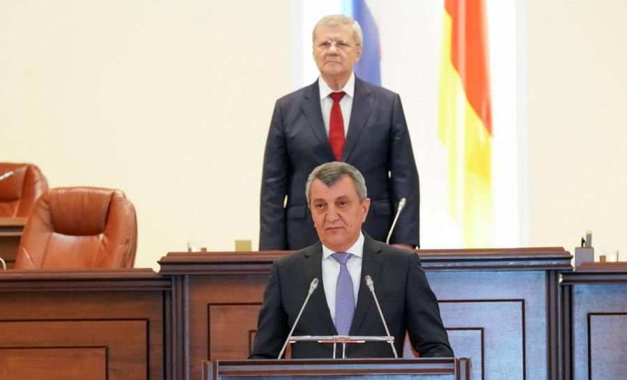 ForPost - Новости : Бывший губернатор Севастополя возглавил Северную Осетию