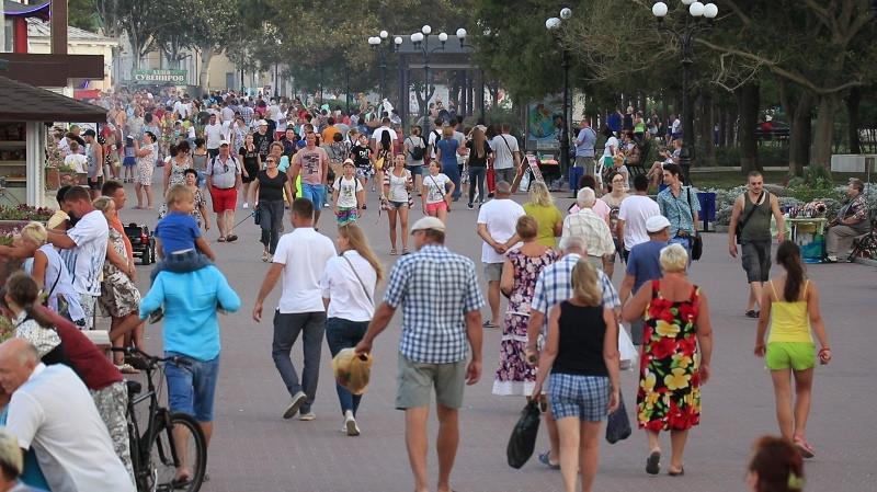 ForPost - Новости : «Сказочно дорого»: россияне едут в Крым со своей гречкой