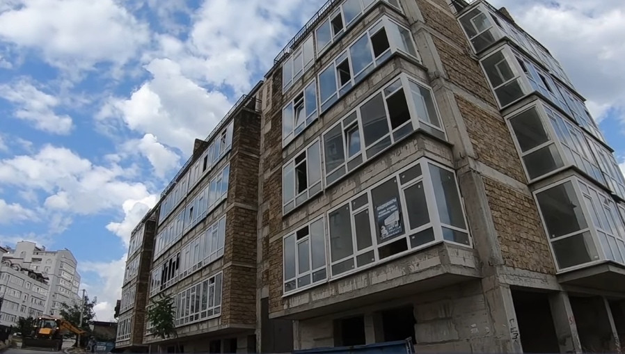 ForPost - Новости : Украинский недострой нависает над домами севастопольцев