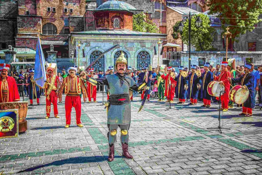 ForPost - Новости : Сенатор от Севастополя оценила выпад президента Турции как ностальгию по Средневековью