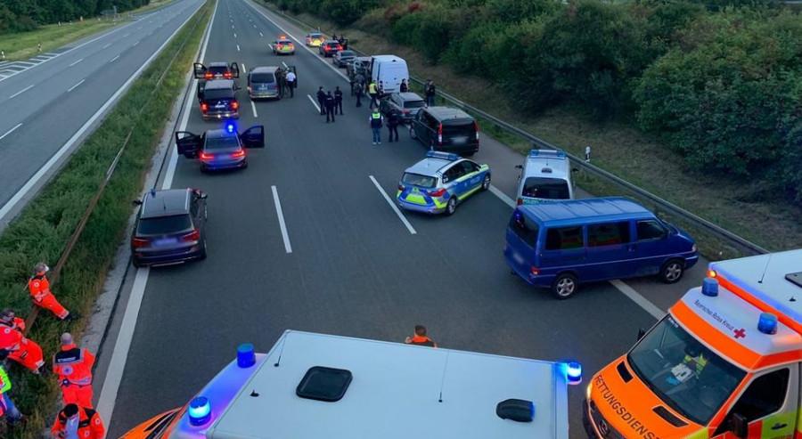 ForPost - Новости : Из-за ссоры мужчина захватил туристический автобус