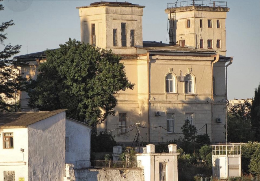 ForPost - Новости : Севсети # 1324. Адмиральская метеостанция, несправедливость жизни и восстание машин в Севастополе