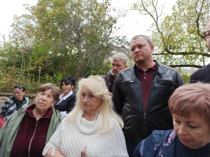 ForPost - Новости : Европейский опыт и белокаменные урны: севастопольцы обсудили благоустройство исторических скверов