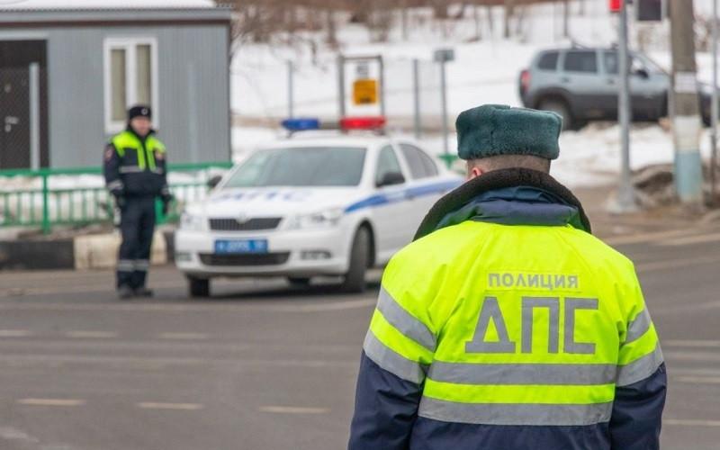 ForPost - Новости : СМИ: должников в РФ начнут лишать прав за долги от 10 тысяч рублей