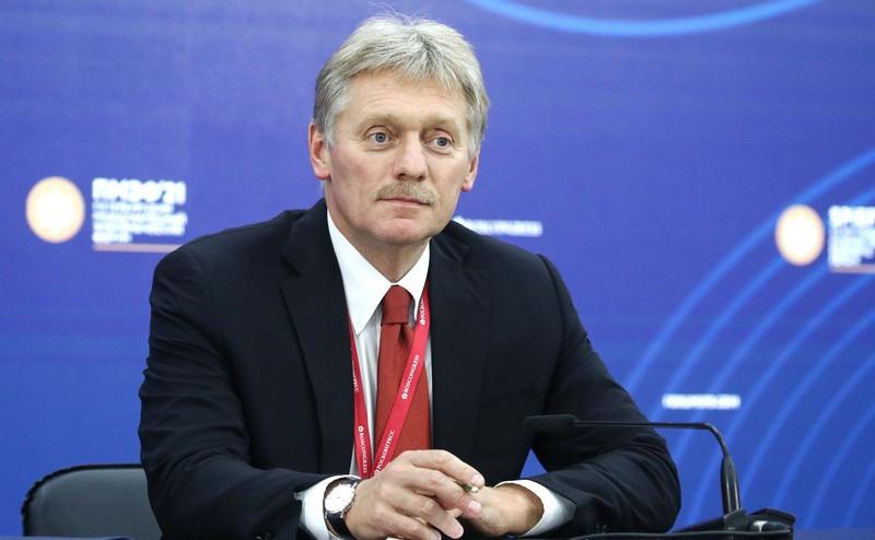 ForPost - Новости : Кремль назвал условие перехода к чрезвычайным мерам против коронавируса
