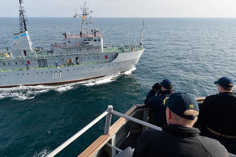 ForPost - Новости : Украинское судно наткнулось на неизвестный объект в Черном море