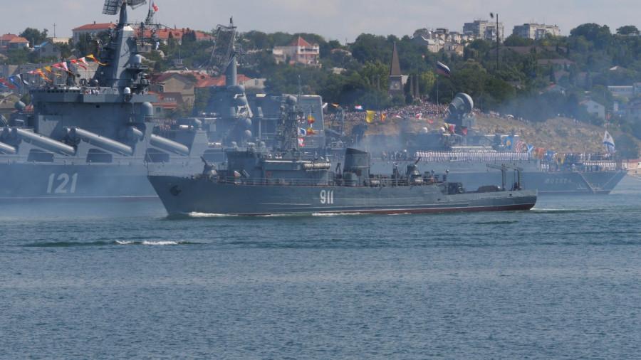 ForPost - Новости: Как Севастополь отметил День Военно-Морского Флота России
