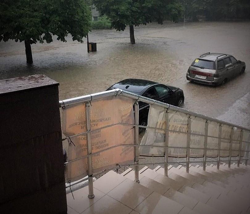 ForPost - Новости: Ничего особенного, обычный дождь, – правительство Севастополя