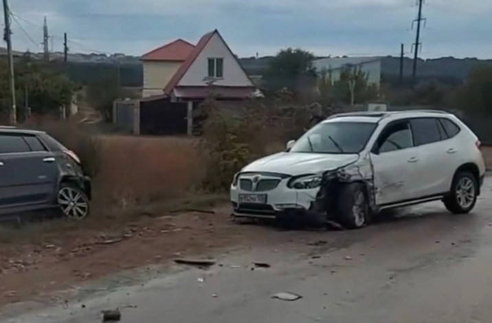 ForPost - Новости: В Севастополе пять автомобилей «сыграли в домино»