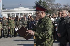 ForPost - Новости : «Казак ― это не форма, казак ― это жизнь!». На площади Нахимова приняла присягу сотня атамана Бакланова