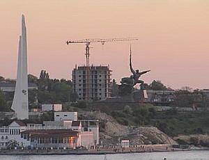 ForPost - Новости : Сергей Меняйло: 16-этажка на мысе Хрустальном в Севастополе будет снесена