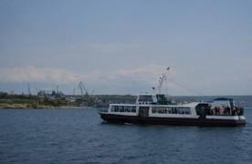 ForPost - Новости : Что случилось на катере Уран? Подробности происшествия, из-за которого в Севастополе закрыли один из причалов