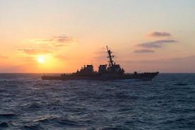 ForPost - Новости : Шестой флот США опроверг заявление о выдворении эсминца российским самолетом