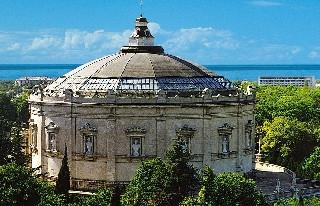 ForPost - Новости : Полотно панорамы Рубо в Севастополе может пострадать из-за текущей крыши музея