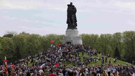 ForPost - Новости : BBC удалила скандальный твит про монумент советским солдатам