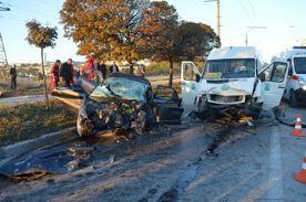 ForPost - Новости : Два пассажира и водитель Mazda после страшной аварии в Севастополе до сих пор в реанимации