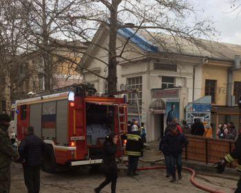 ForPost - Новости : В центре Севастополя сгорел магазин