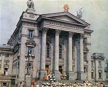 ForPost - Новости : В Севастополе отремонтируют Дворец Пионеров (ДДЮТ). Здание не ремонтировалось с 1962 года