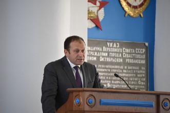 """ForPost - Новости : """"Мусорный король"""" Севастополя идёт побеждать на выборах губернатора"""