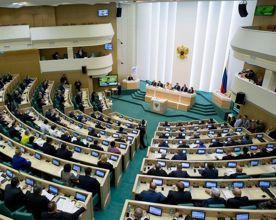 ForPost - Новости : Резанов готов отправить в Совфед защитника застройщиков, а Журавлёв – бывшего зама Яцубы