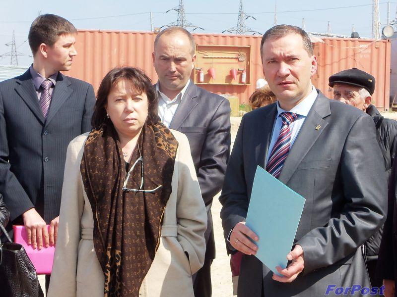 Замминистра Елена Сиэрра и и.о. председателя СГА Дмитрий Белик
