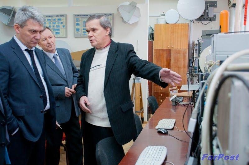 ForPost - Новости: «Жителям Крыма станет доступен 3G-интернет!» А за технопарк придется побороться... Севастополь посетил заместитель министра связи