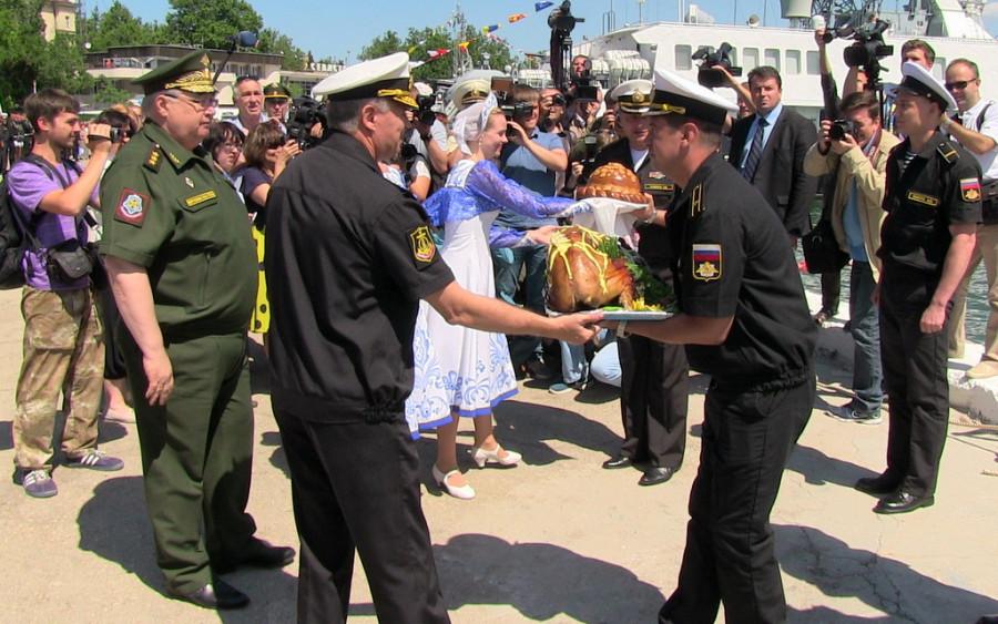 ForPost - Новости: В Севастополь прибыл «Адмирал Григорович»
