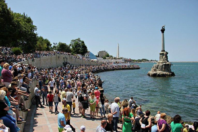 О росте населения Севастополя