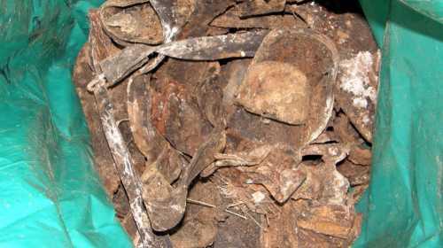 Найдено на месте гибели шестерых защитников Севастополя - фрагменты обмундирования