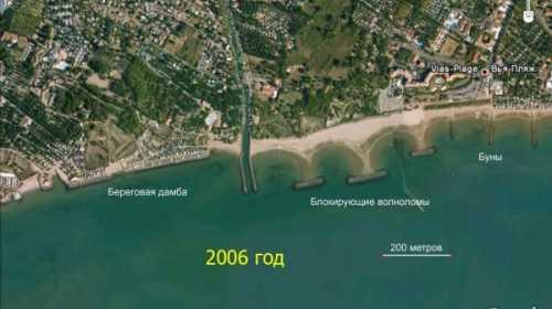Рошелонг, Франция.берегоукрепления. Вид из космоса