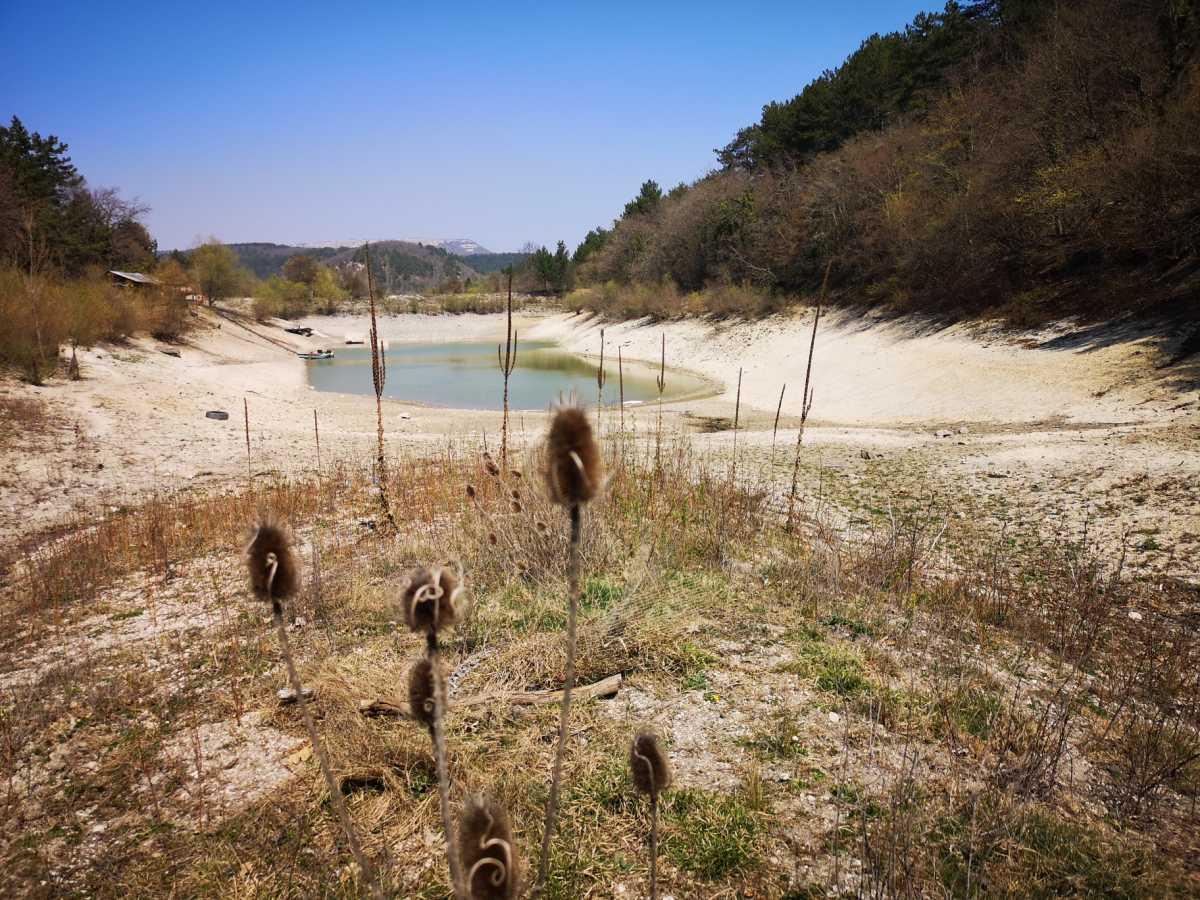 вода озеро река терновка природа отдых